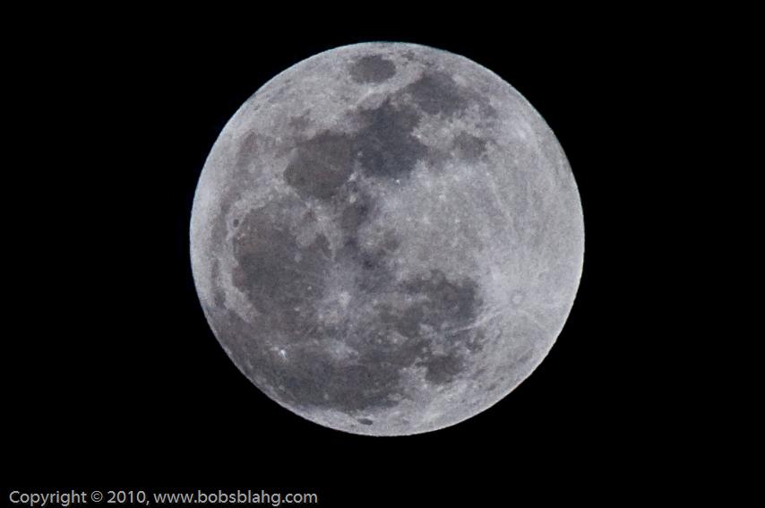 DSC0033 03 Edit - First Full Moon of 2010...